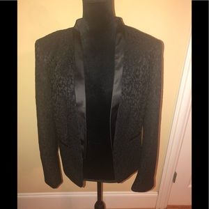 Vince Camuto black lace open blazer size 14